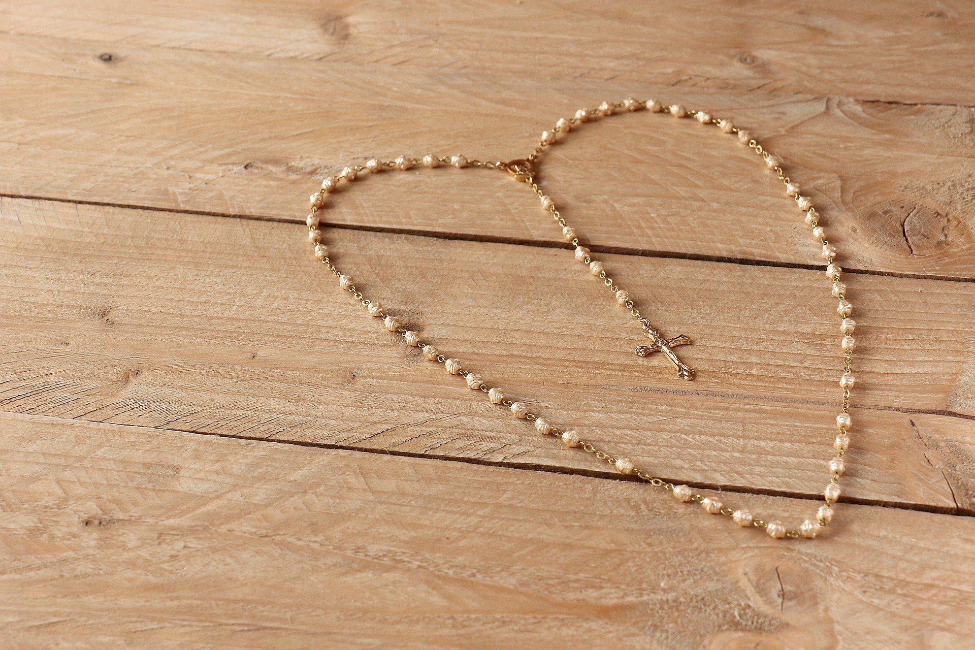 the-rosary-1757427_1920